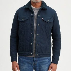 Levi's medium Sherpa trucker Jacket